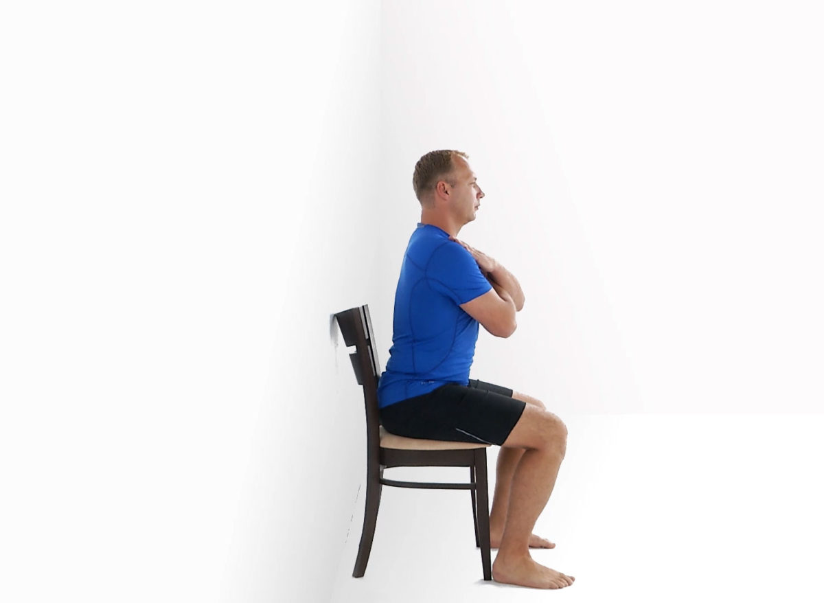 Physiotherapy exercise sitting on a chair